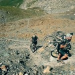 Alpencross Moutainbike, Tragepassage