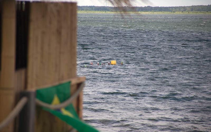 Freiwasserschwimmen Selbstrettung