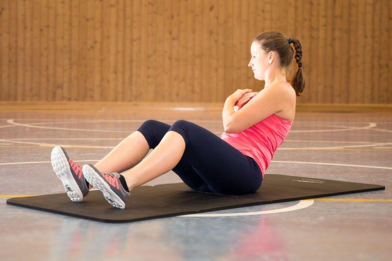 effektives Bauchmuskeltraining - Oberkörperrotation rechts